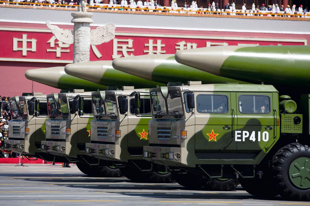 近十年中國不斷增加導彈力量,其中東風26的射程更可攻擊到在關島的美國空軍和海軍。