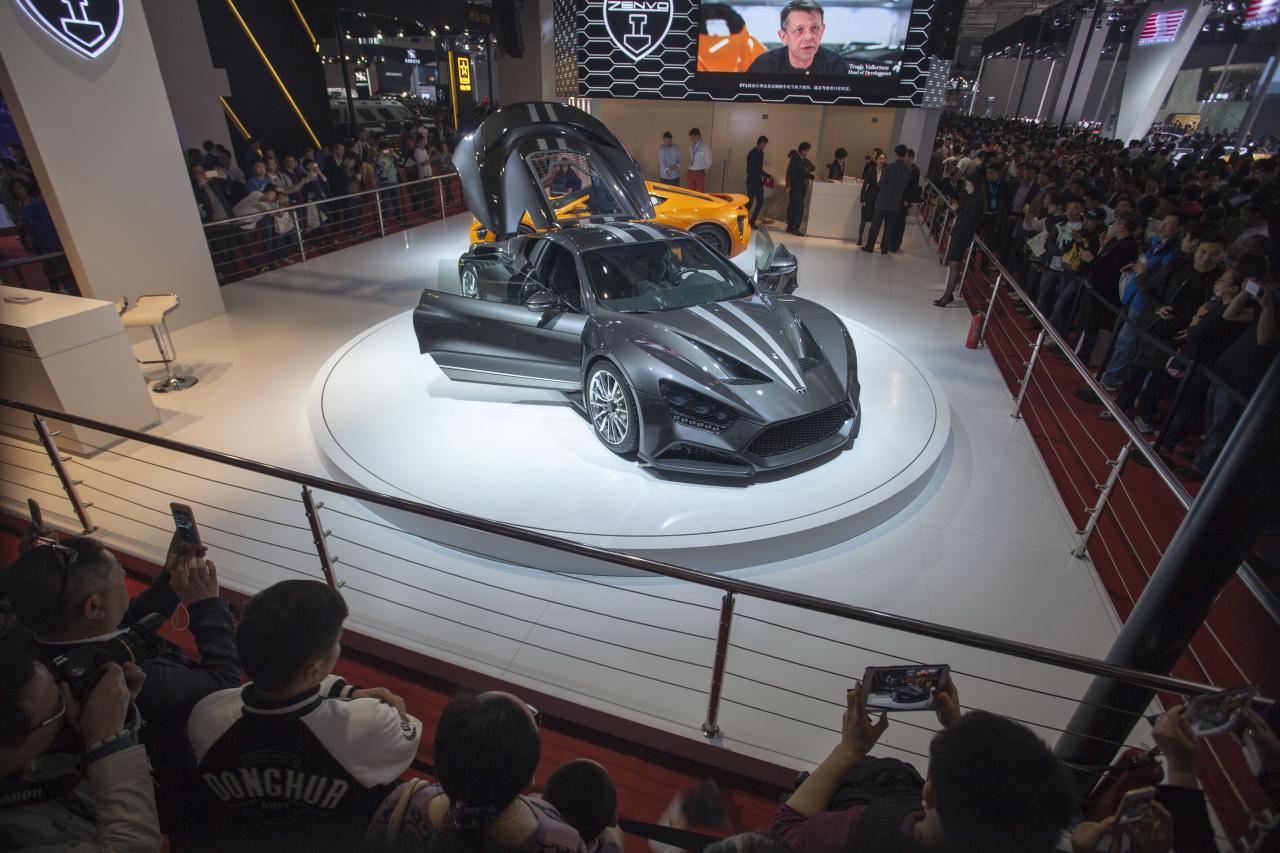 商務部表明將多舉措促進汽車消費,令中國汽車業出現曙光。