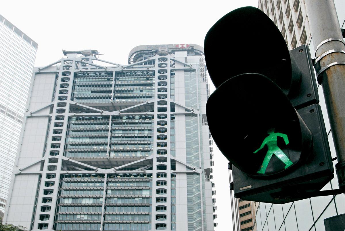 設想未來交通沒有紅綠燈,讓道路更順暢。