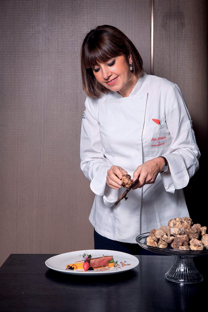 能夠為客人炮製美食,Silvia感到絕對是人生樂事。透過美食,可以與客人展開話題。
