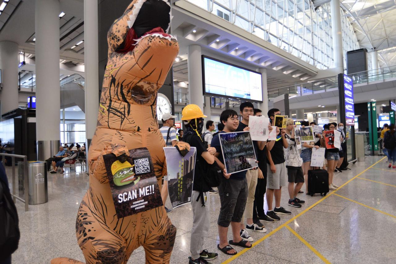 示威活動近日已殺入香港機場。