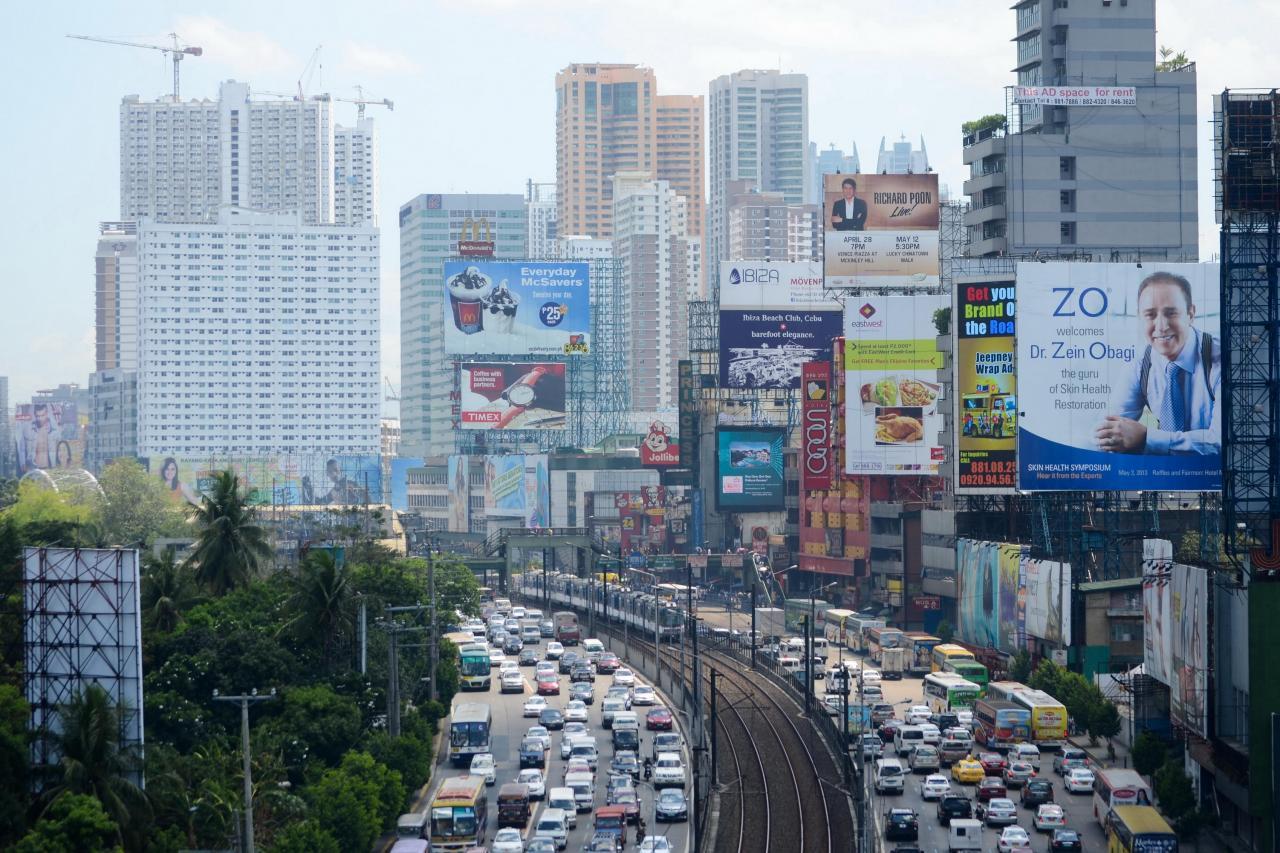 近兩年的GDP都保持在接近7%的水平,位列東南亞前茅。