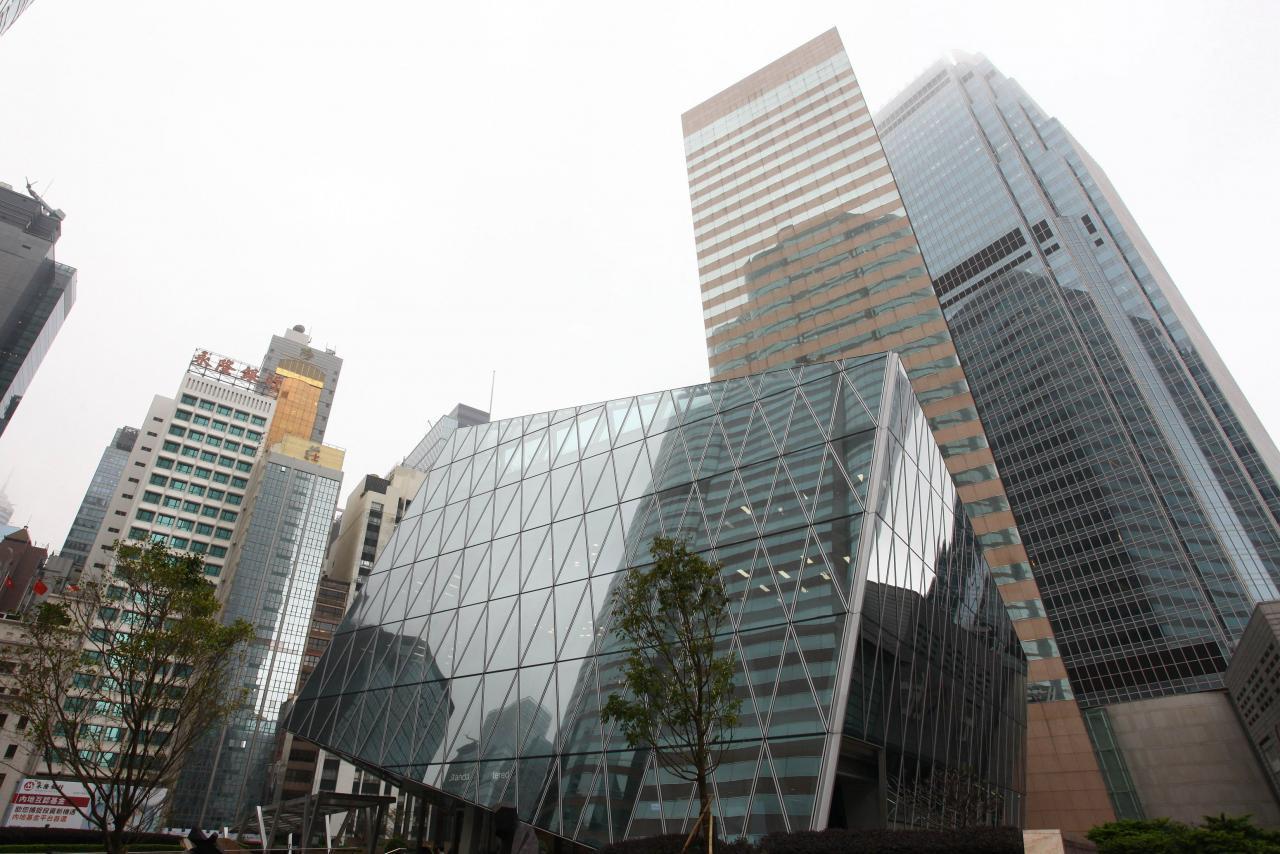 海航之前租下的交易廣場今年6月起租,但從未有搬入單位。