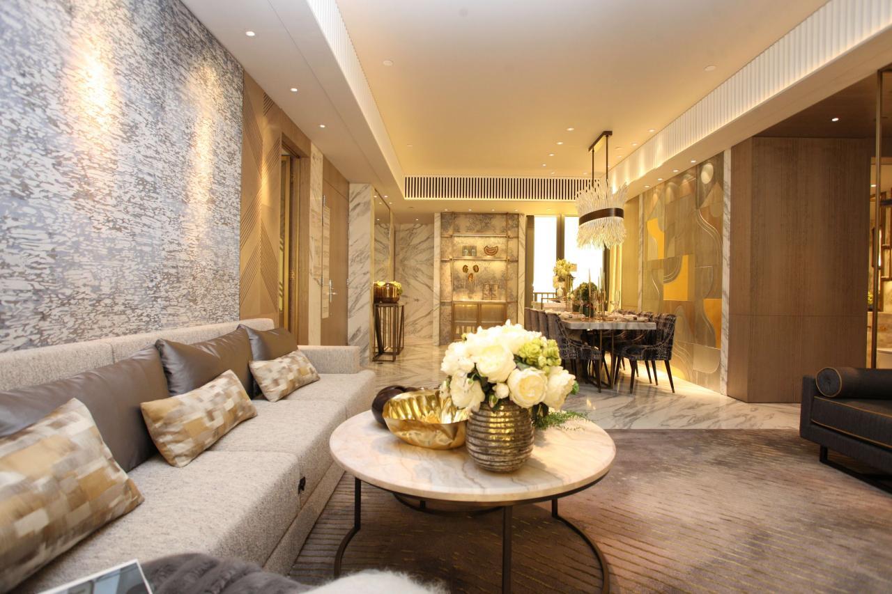 豪宅需要較長時間消化,市場料轉售為租的情況將愈來愈普遍。