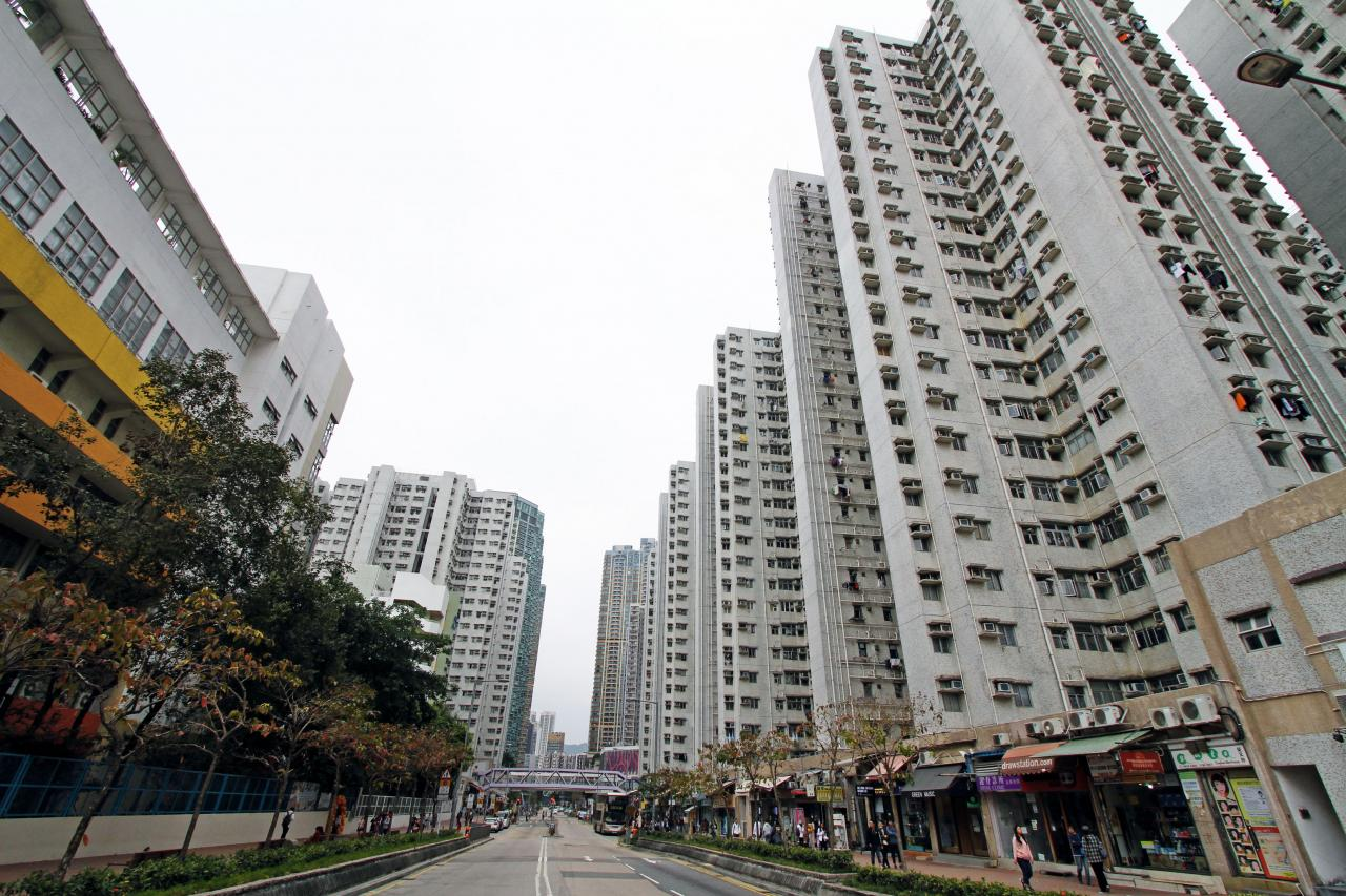房委會將一口氣推出近5,000個居屋單位。