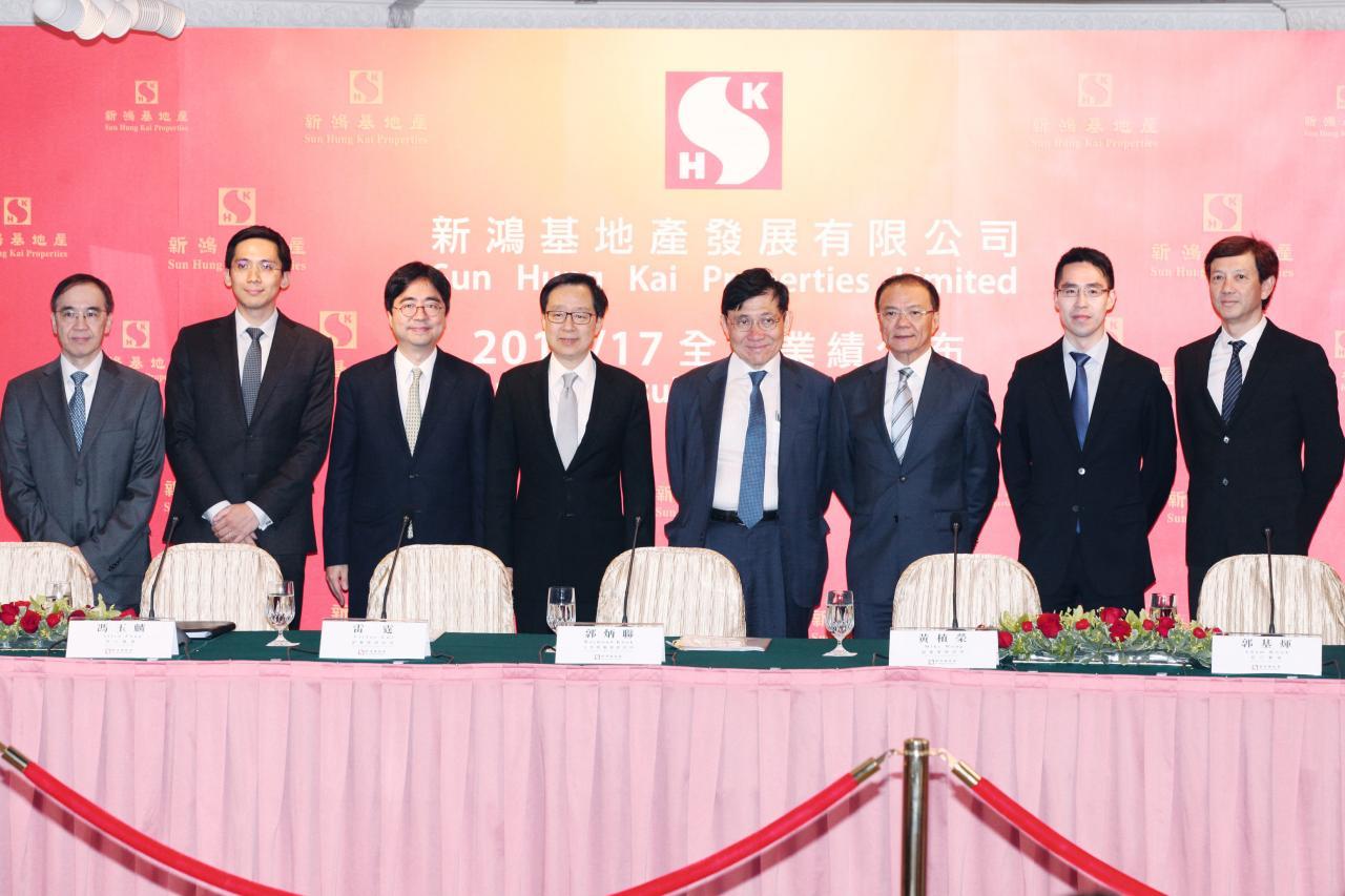如今郭基俊被委任為新地非執行董事,郭氏第三代終齊人入局。