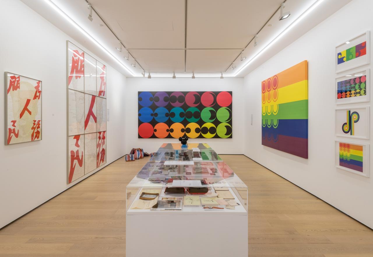 陳幼堅首個畫廊個展於中環的白石畫廊出展。