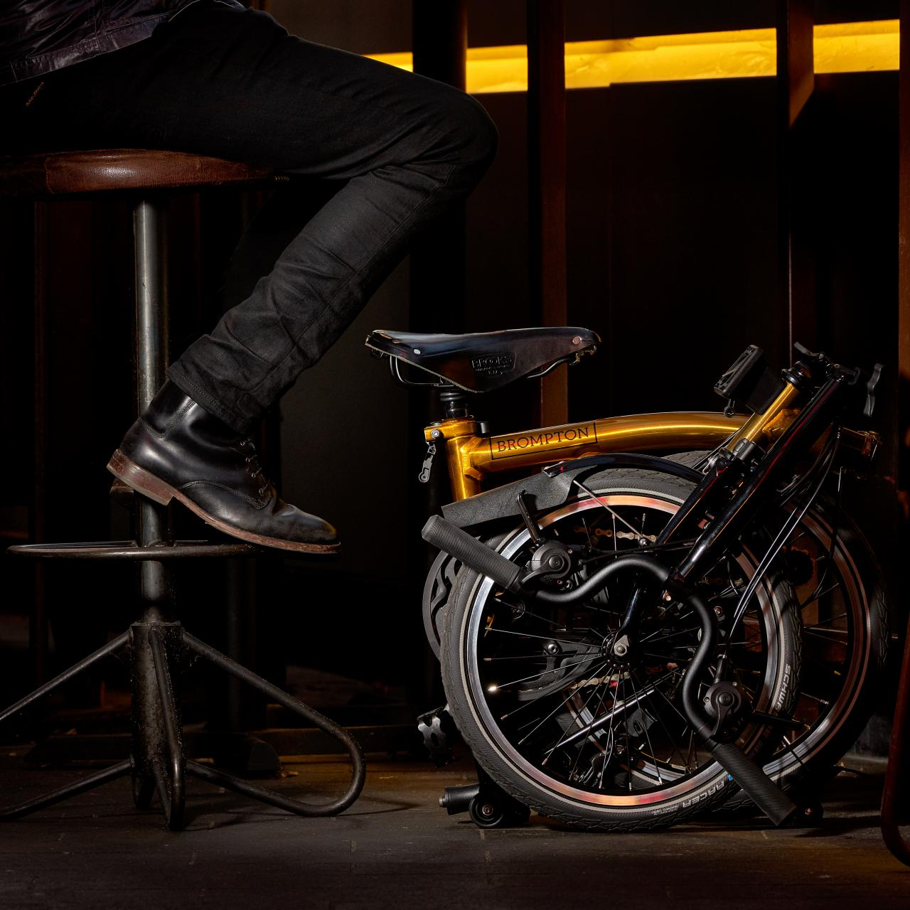 Brompton Bicycle 為慶祝登陸亞洲 20 年,特別推出 「20 Years in Asia Gold Edition」摺合單車,獨家為亞洲地區而設。