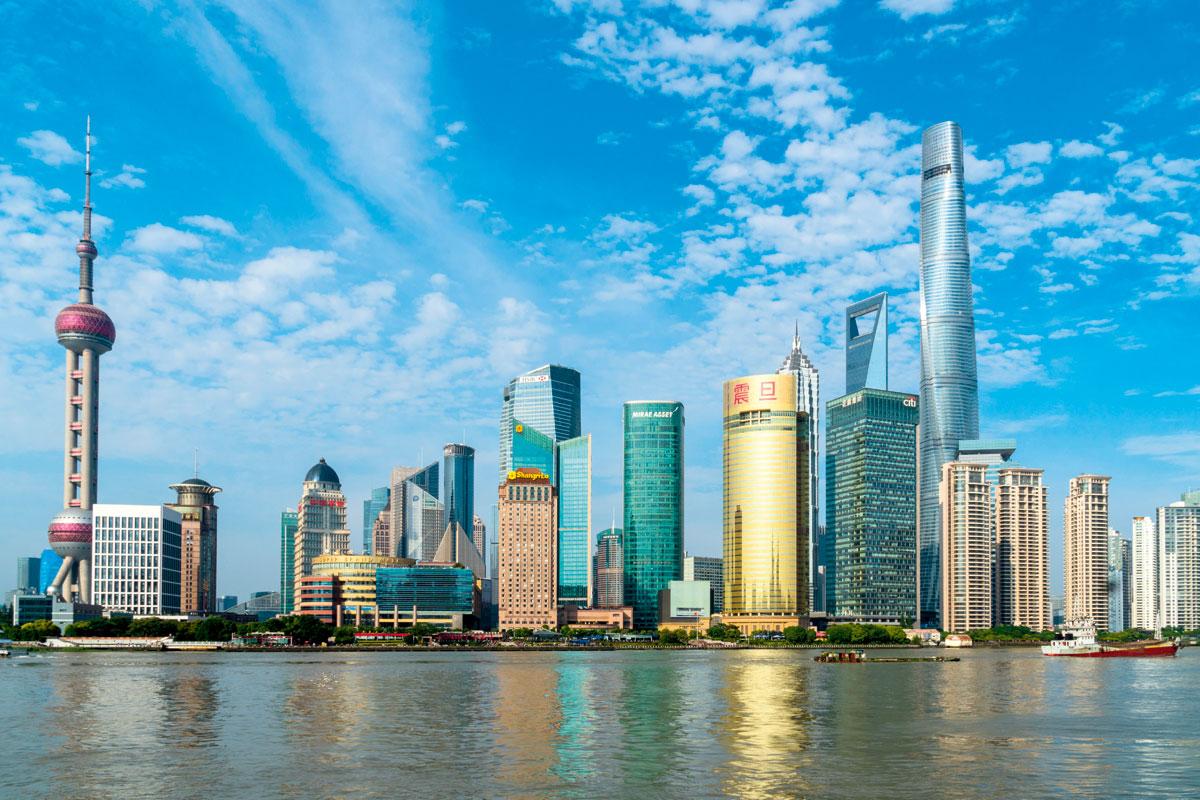 根據瑞士寶盛的財富報告指出,同款的手鐲在亞洲多個城市中,以上海的價格最貴。