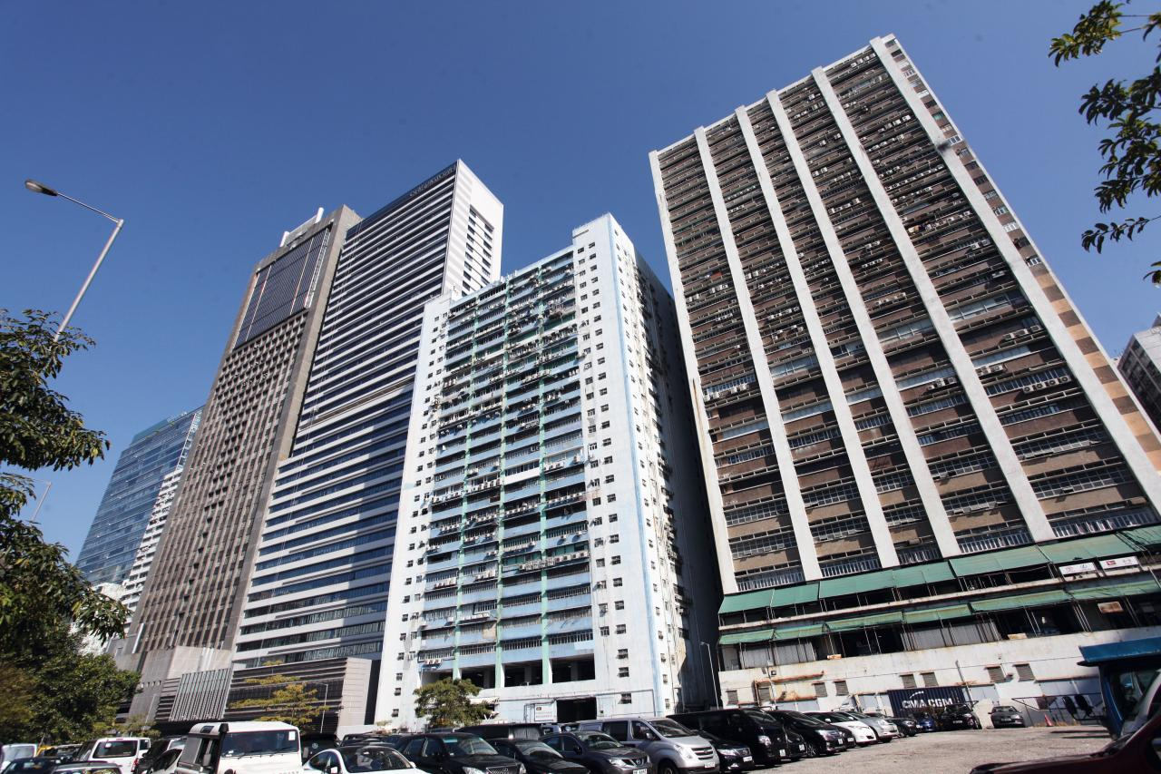 市場人士認為,今年荃灣工廈將可跑贏大市,最少升兩成。