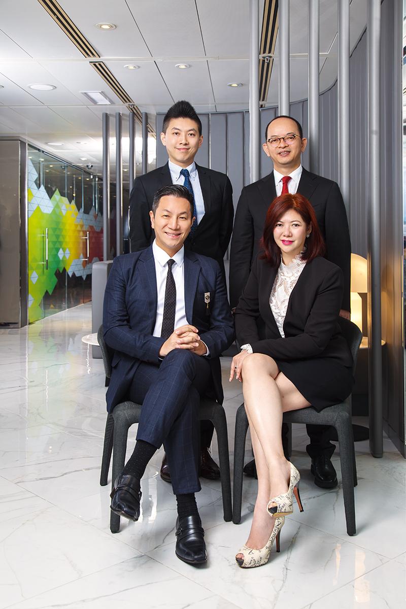 IFC 資深區域總監Larry Chiang與旗下3位區域總監合照,由左上至右下為Billy Ng (All Star District)、James Tseung (T One District)、Larry Chiang(IFC District) 和Jenny Ho (Icon District)。