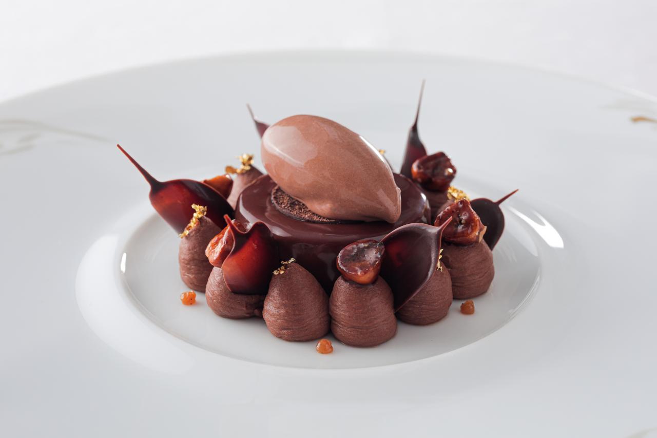 精美的朱古力法式甜點,讓人為之心動!