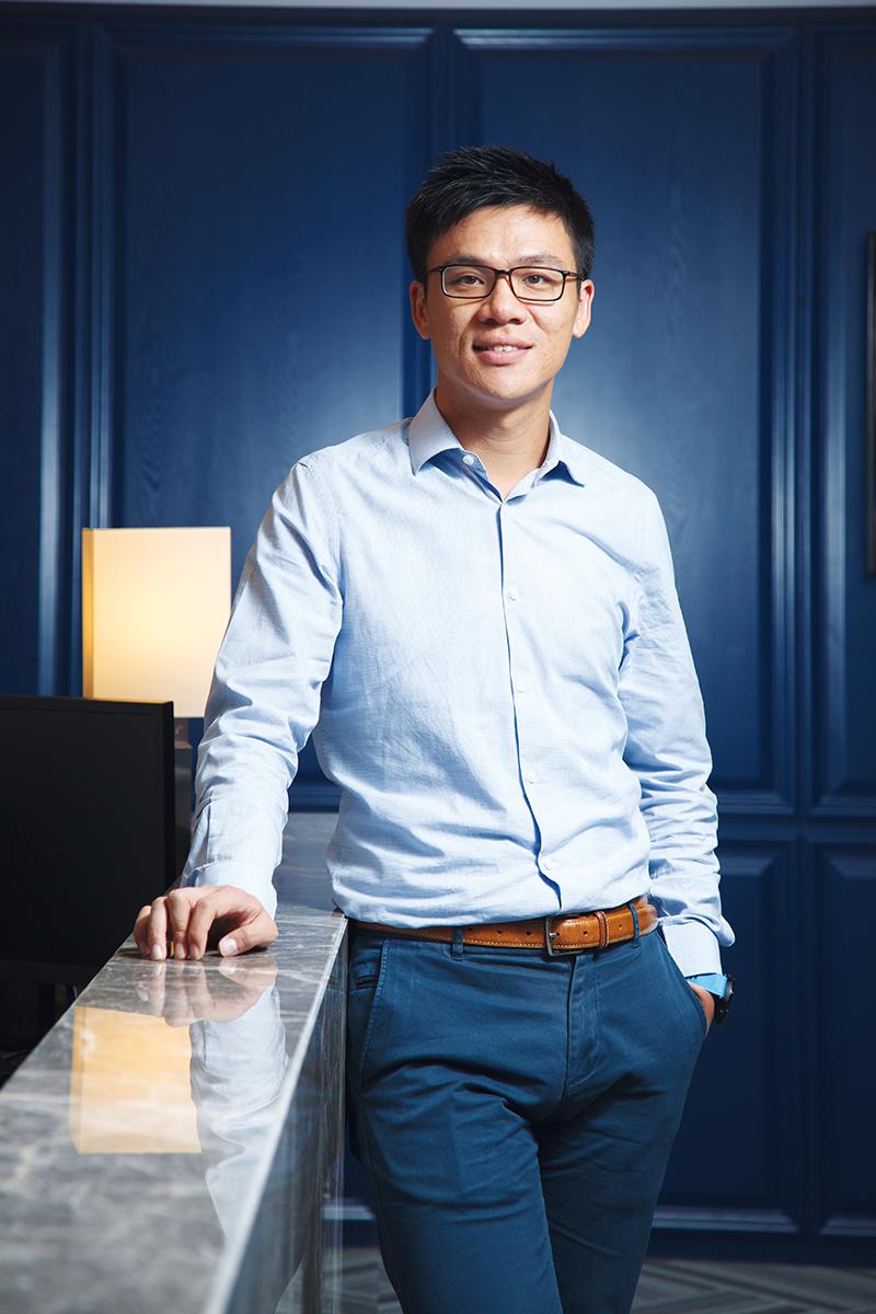 鄧耀昇 「Stan Group主席」「 粵港澳大灣區經貿協會會長」 sgcc@stangroup.com.hk