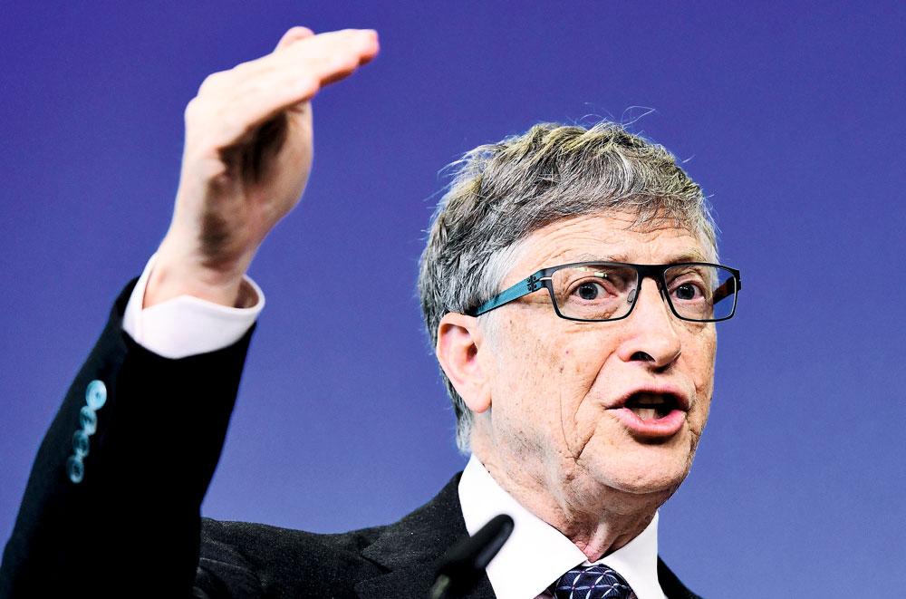 AI早已入侵金融界,全球最大資產管理公司貝萊德早前更宣布裁減部分基金經理,以AI程式取代。