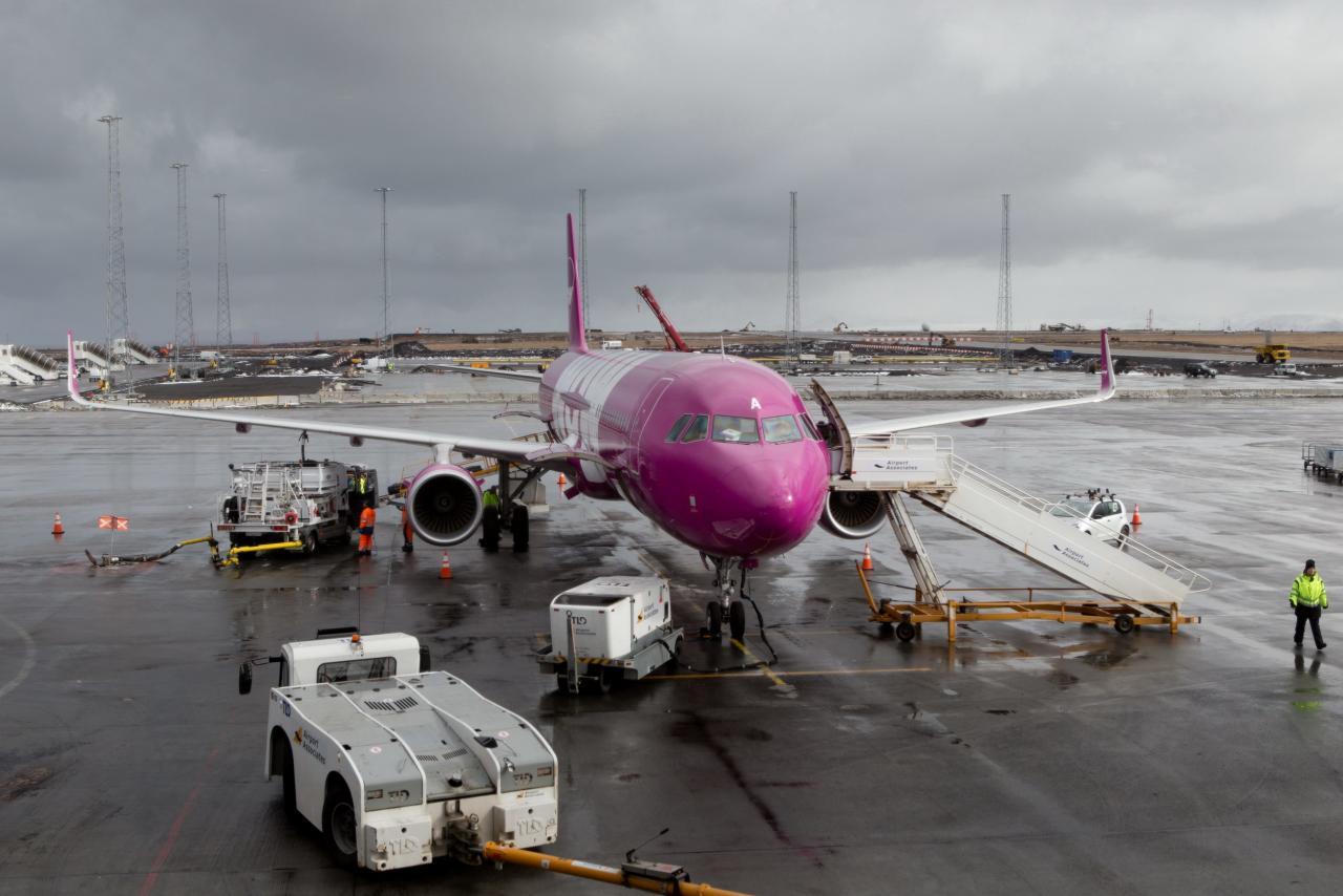 航油價走出低谷,令整個航空業的經營成本上漲。