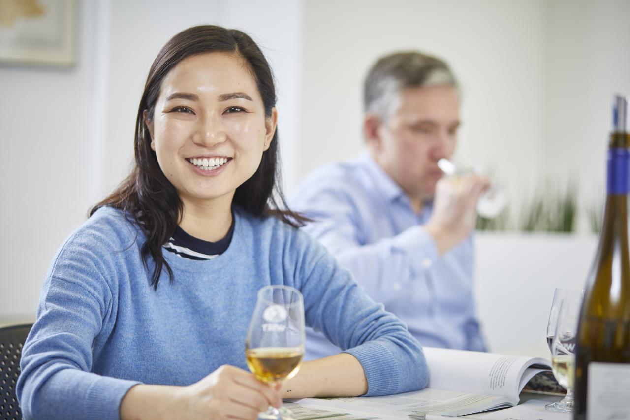 全球最大的葡萄酒資格認證提供機構WSET宣佈,將於本年9月9日至15日期間舉辦首次全球性「葡萄酒教育周」;除吸引全世界葡萄酒愛好者參與,更有助於消費者葡萄酒知識及專業技能的整體提升。