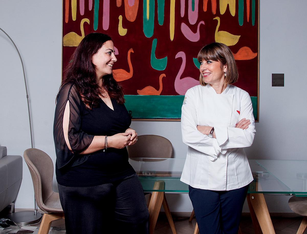 BOSCOVIVO松露專家及松露工廠主人Dott.sa Silvia Landucci(左),與大廚Silvia相知相識。據她們分享,大約在每年的十至十一月,是意大利白松露盛產的季節。