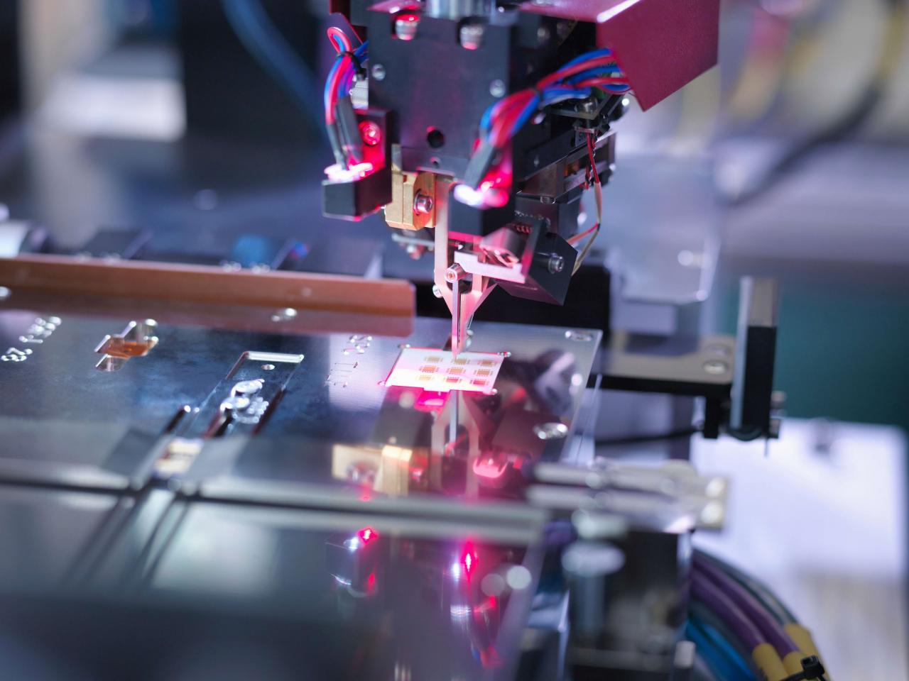 中國在AI芯片研究上仍處下風。