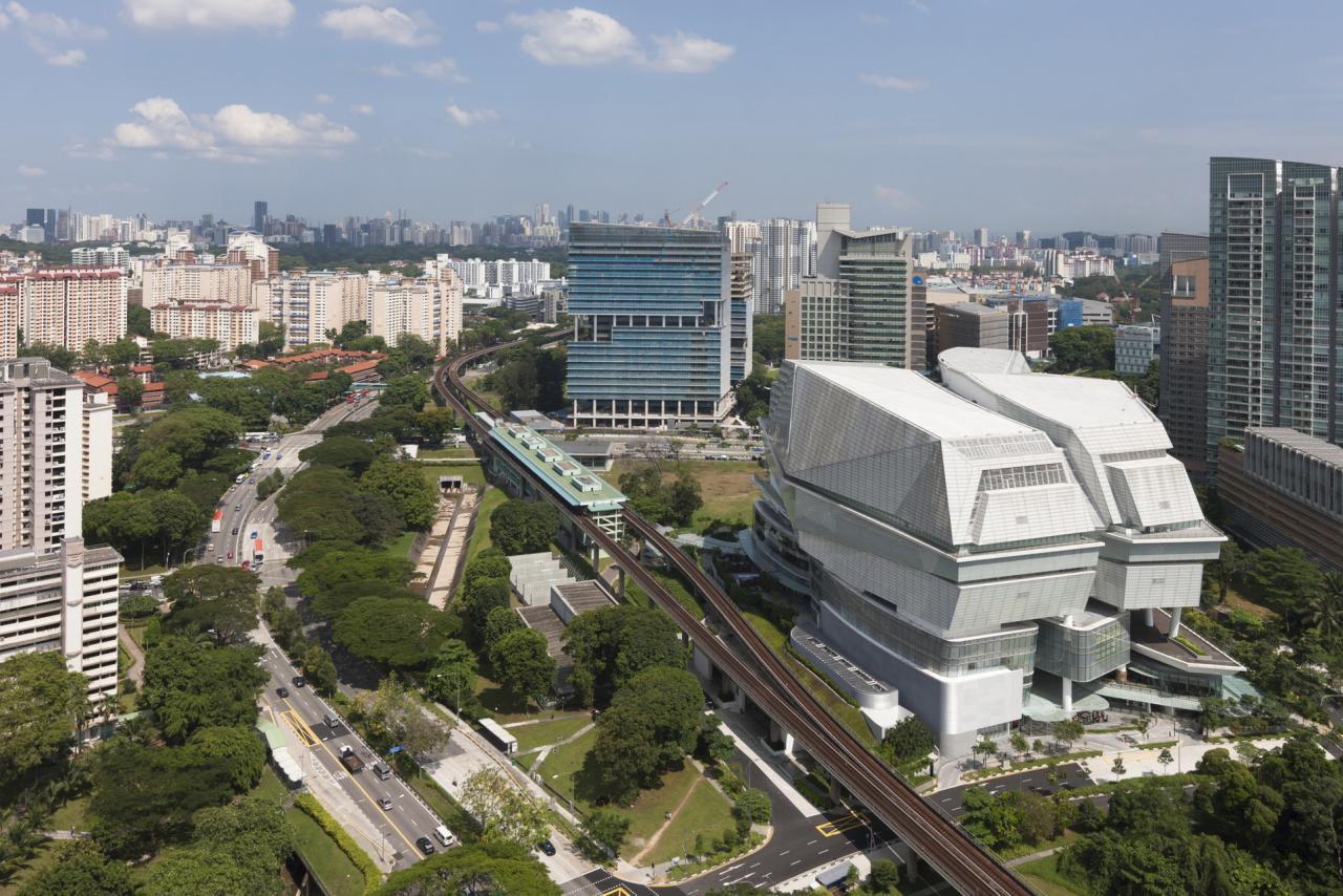 對集團來說,業務集中在新加坡、馬來西亞以及印尼,尤其新加坡市場十分重要。