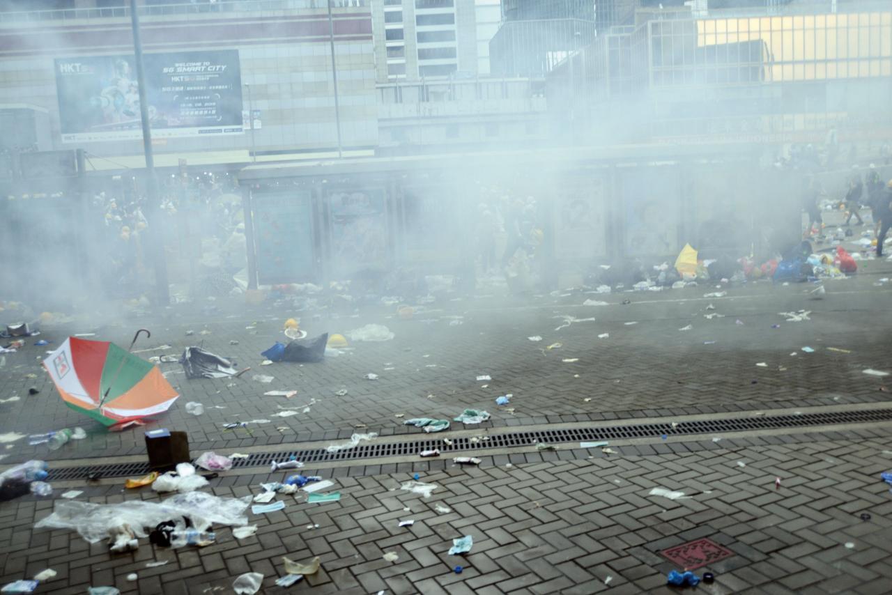 香港再出現大型遊行集會,對短線樓市造成壓力。
