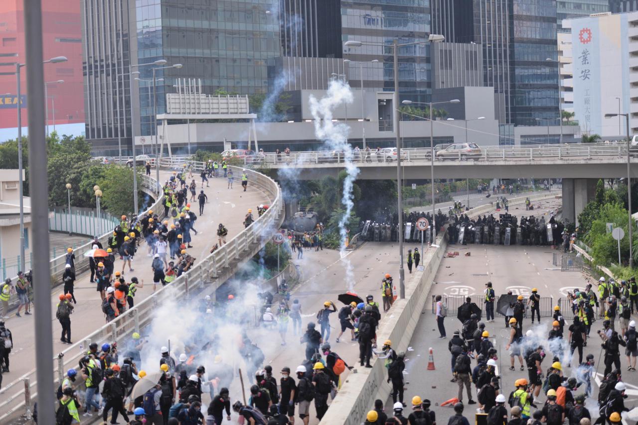 香港的逆權運動有機會成為全球經濟的黑天鵝。