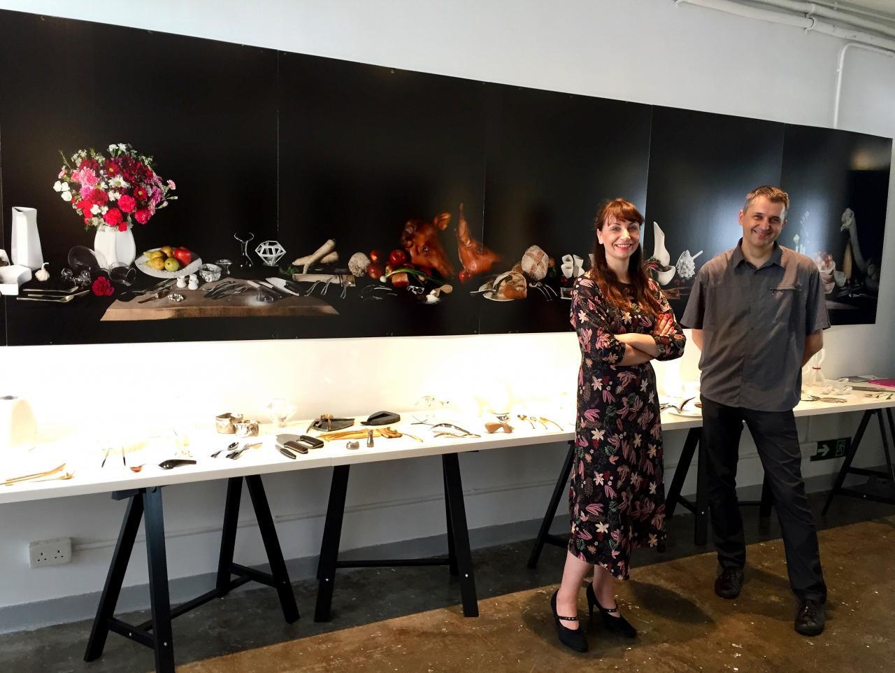 來自Gdansk Academy of Fine Art格但斯克藝術學院的 Prof Slawomir Fijalkowski (右)及Dr Marta Flisykowska(左),於日前為文化節帶來波蘭共20位設計師的50件展品。