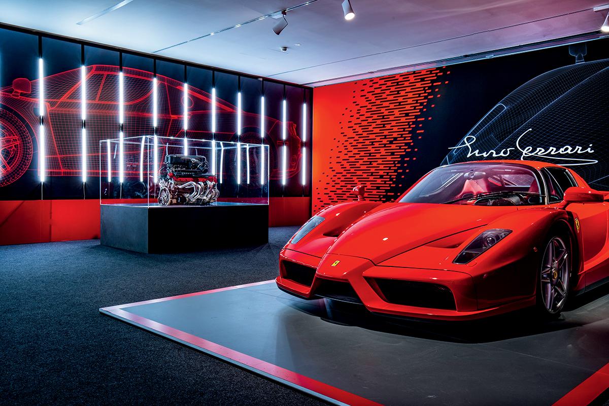 Enzo是歷史上的一款傳奇車型,以公司創始人的名字Enzo Ferrari命名。