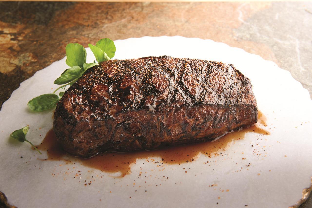 主菜:14安士紐約西冷牛扒(五選一)
