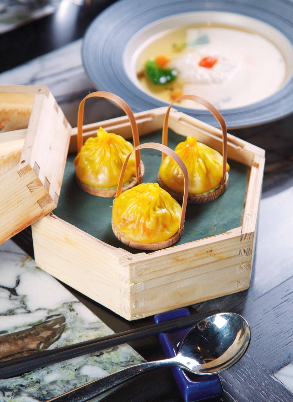 喇沙小籠包:小籠包內注滿了喇沙濃湯,既香辣又惹味。