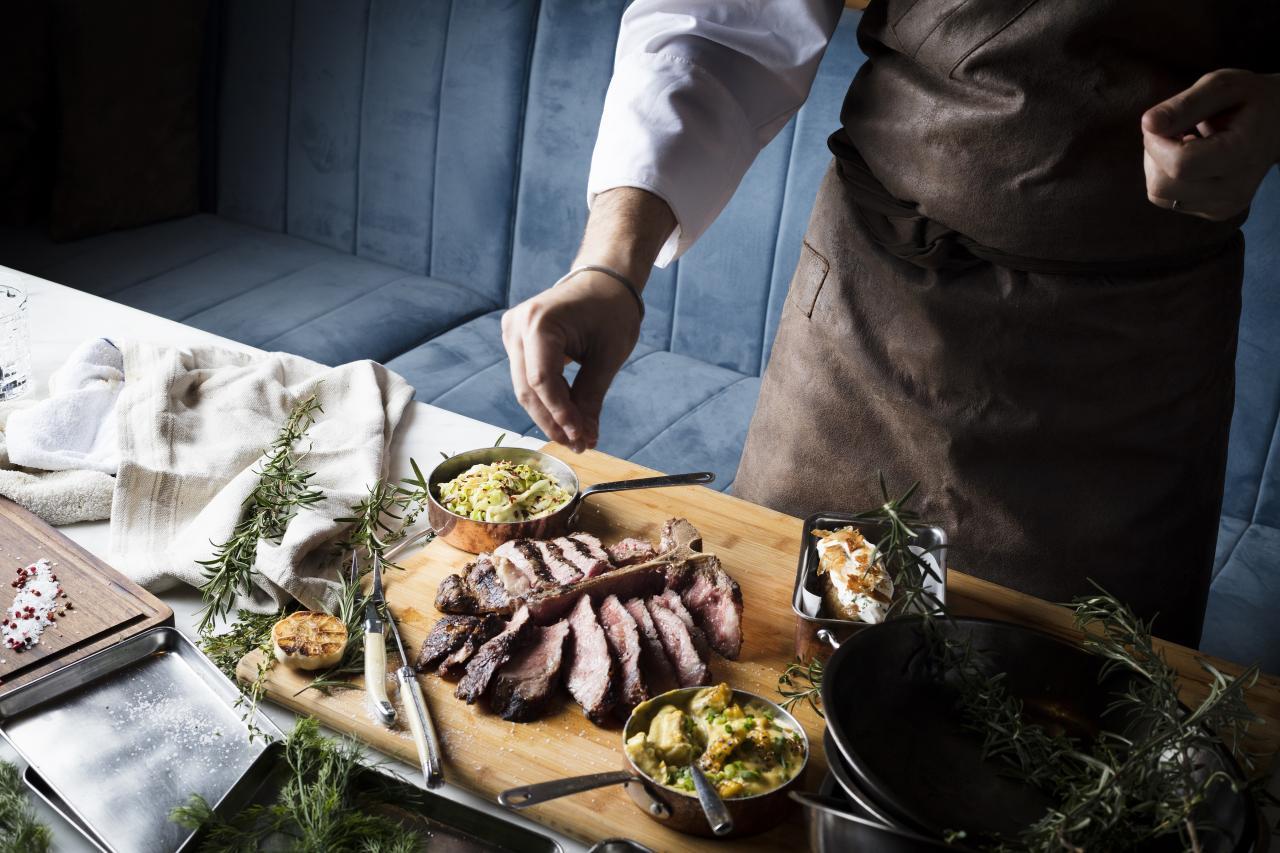 Manza Fassona Piemontese:產自意大利西北部皮埃蒙特,經過45天熟成處理。牛扒面層烤得微焦,肉質鮮嫩,而且肉味濃郁。