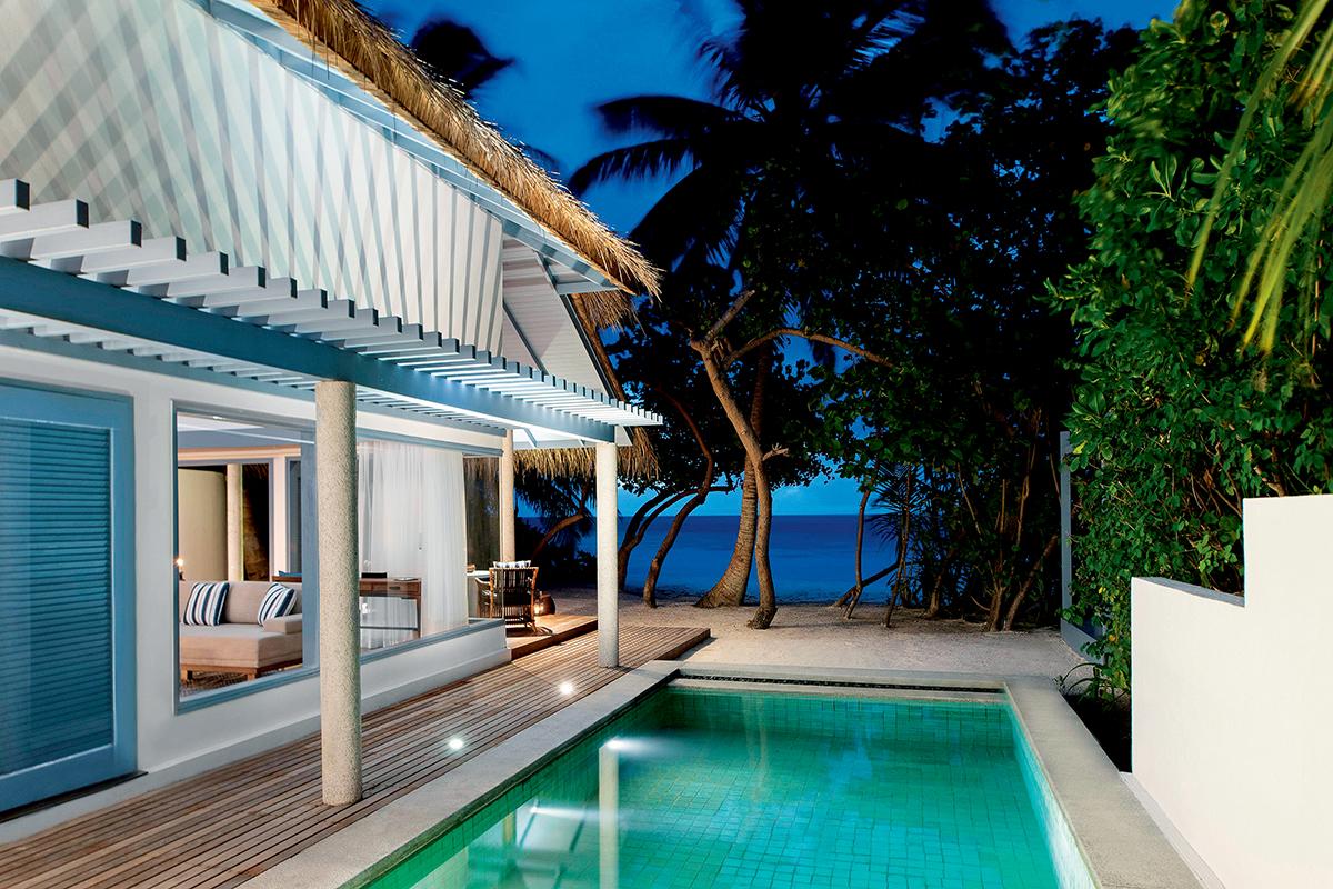 每間別墅均設有私人泳池。