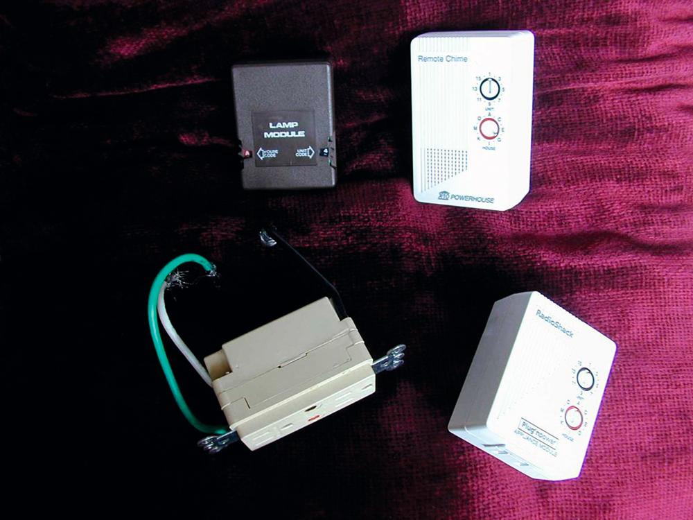 蘇格蘭Pico Electronics於70年代首創正式的智能家居控制器。