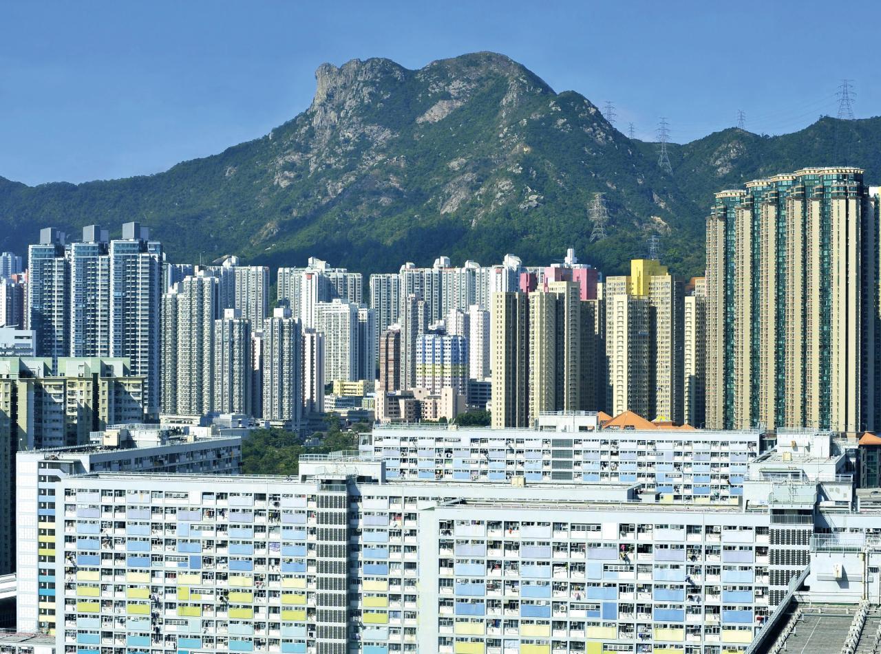 香港排名下降兩位,至45名。