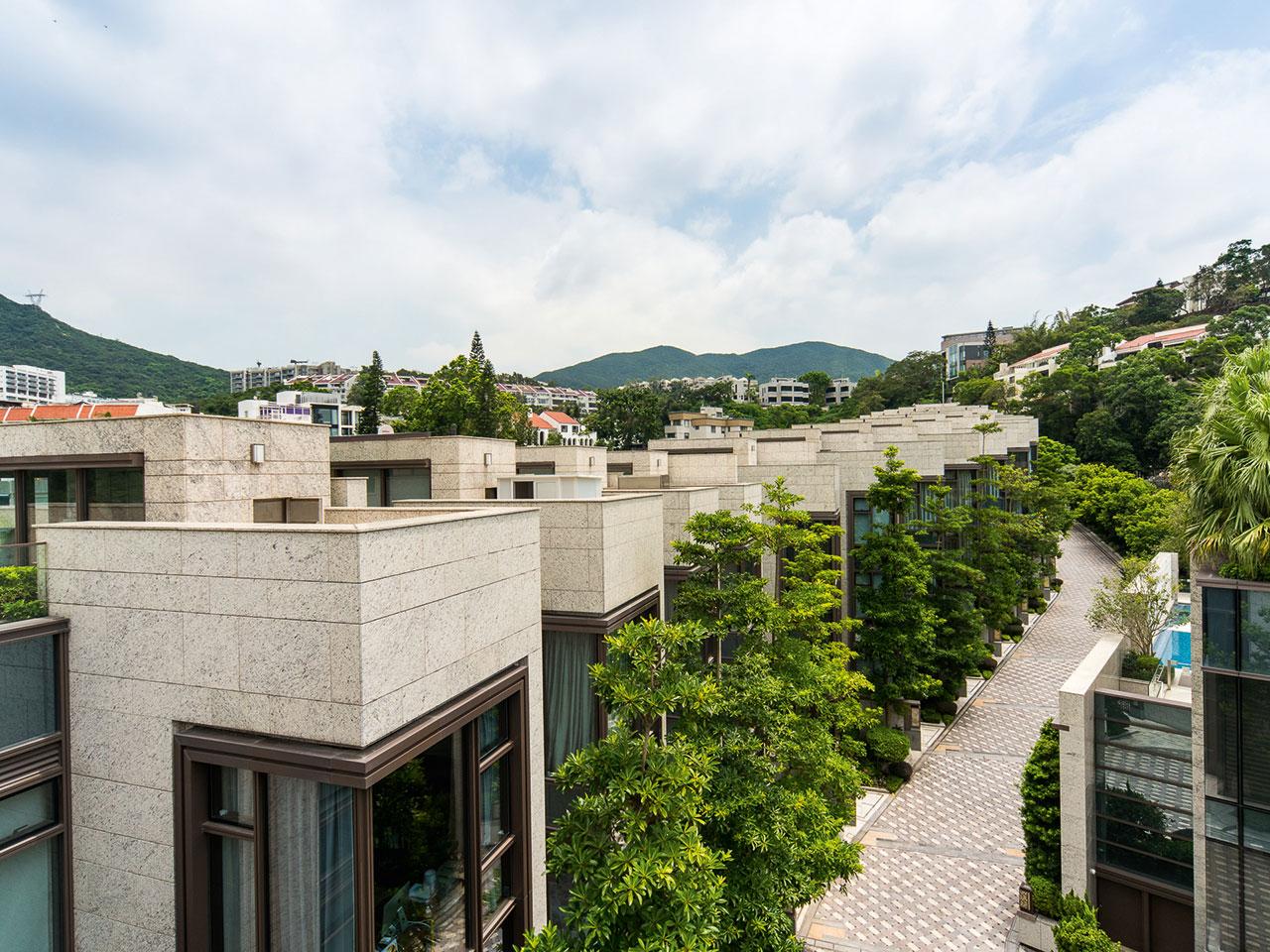 香港居民對豪宅有濃厚興趣,國際買家及國內買家也有巨大的吸引力。