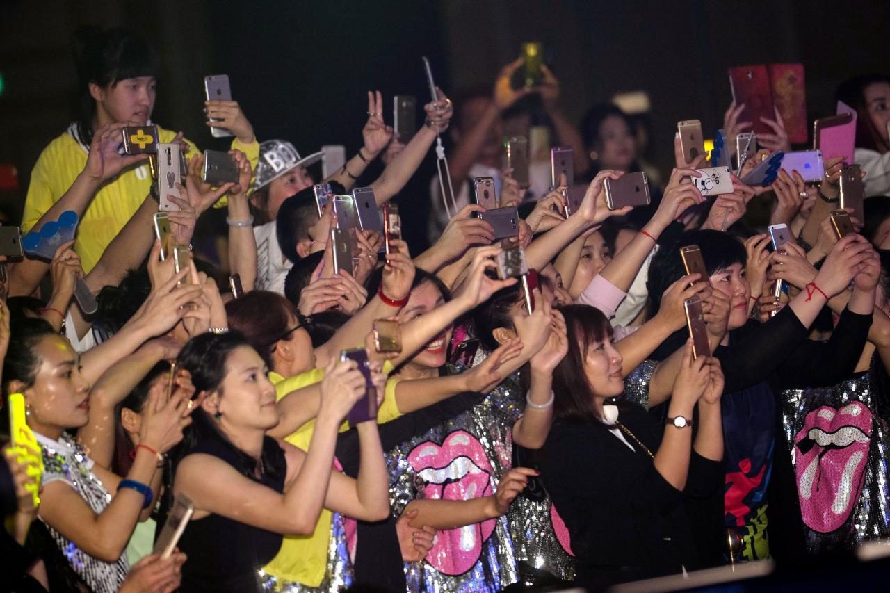 中國手機銷情轉弱,是全球手機市場走弱的原因之一。