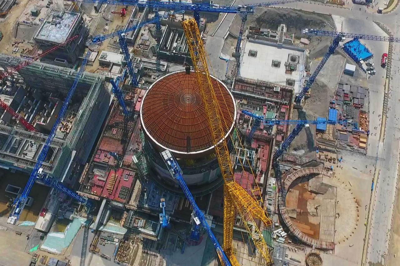 《指導目錄》中新增清潔能源項目包括核電站建設和運營和煤層氣抽採利用設施建設和運營。