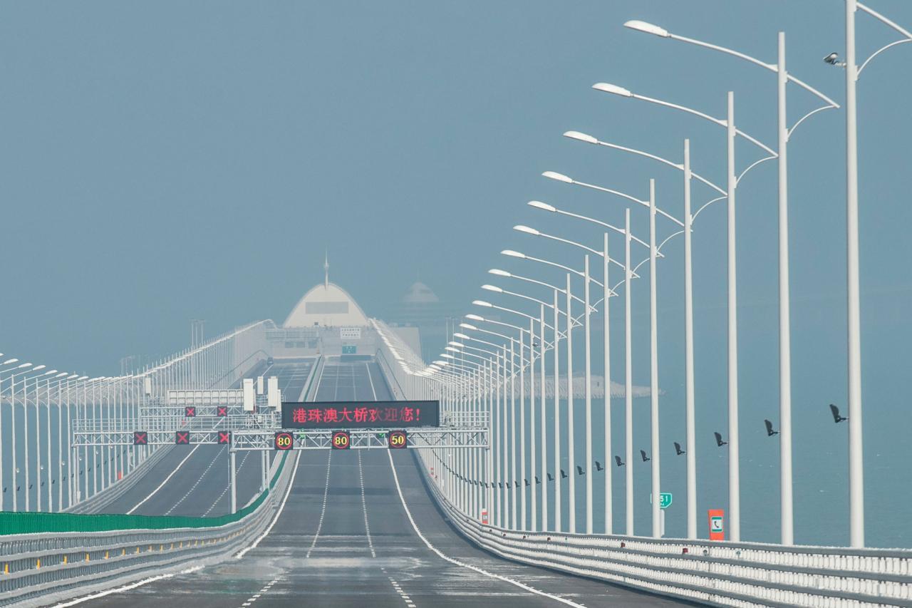 廣東省內中長線基建投資規模達2萬億元,人流增加有利香港零售業發展。