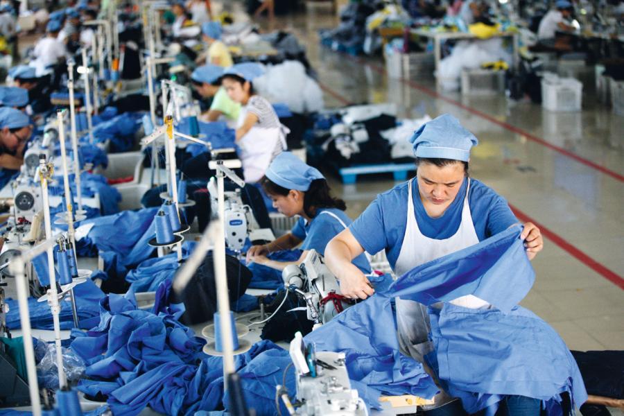 內地不少工業正進行產業升級。