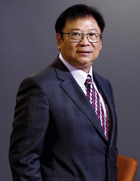 致豐工業電子集團主席黎耀華