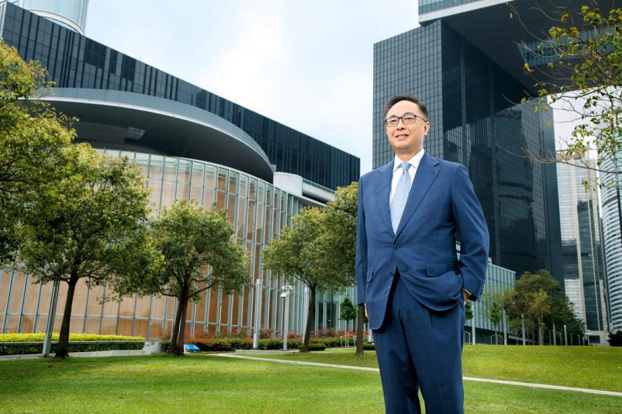 創新 及科技局局長楊偉雄認為,發展創科基建、推動研發、匯聚創科人才、 支援科技企業和推動「再工業化」等多方面的措施,已大大為香港的創 科生態注入活力。