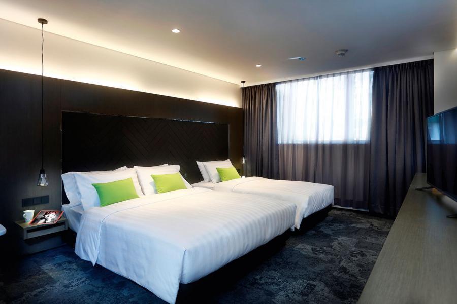 集團銳意拓展活化工廈成酒店項目,集團首個項目旭逸酒店現已開幕。