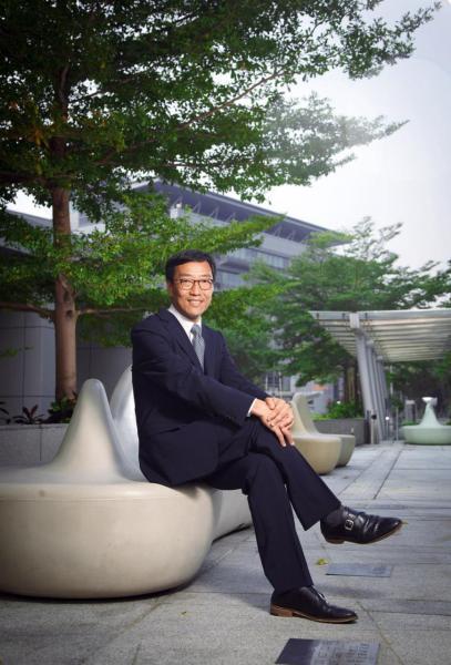 香港科技園公司行政總裁黃克強。