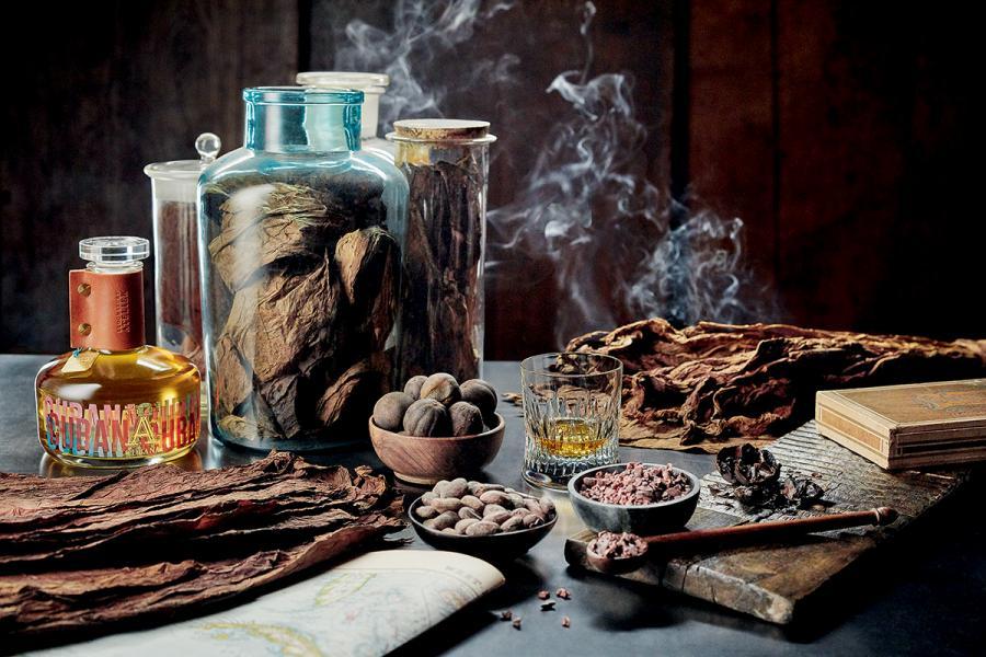 烈酒Cubana是以古巴雪茄葉為釀造主角,經過歷時五個月的發酵過程,發酵的雪茄葉於蒸餾過程中流露芳郁香氣,令酒液更具個性。