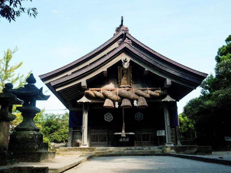 白兔神社是鳥取著名的戀愛神社,亦可結人緣,做服務性行業或面對客戶的朋友也適合來參拜。