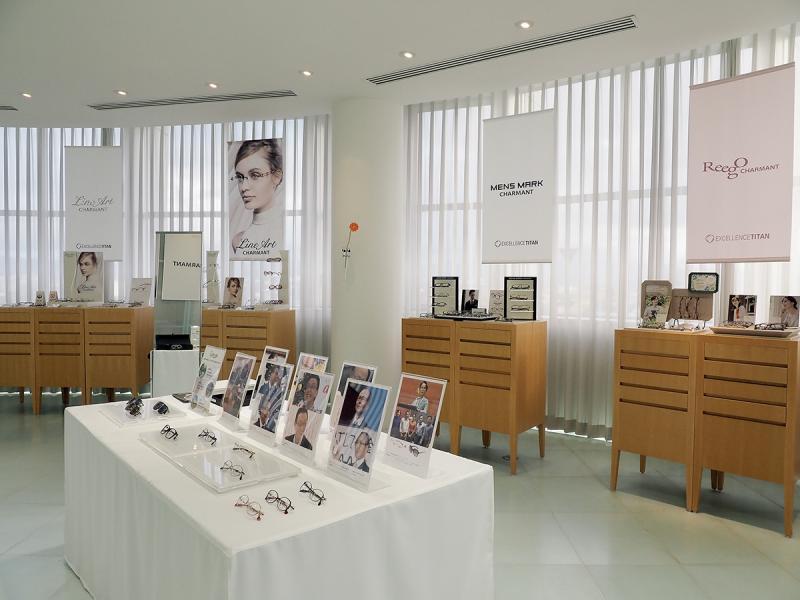 眼鏡業是福井縣著名的工業,Charmant是其中一間大型眼鏡廠。