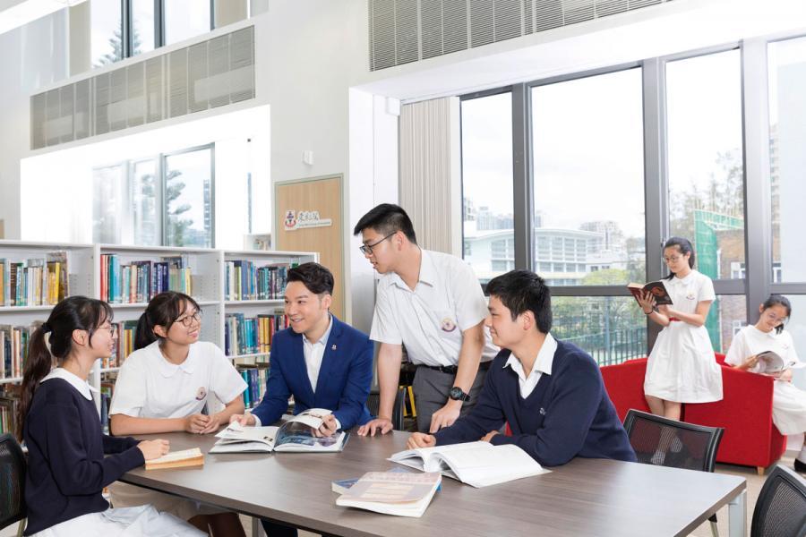王賢誌與東華並肩推動學生的「全人發展」。