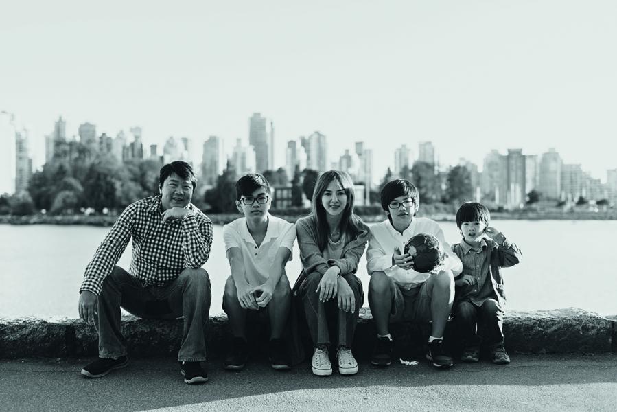 每天運動之餘,Belinda同時兼顧銀行工作和打埋XYZ的業務,以及照顧丈夫及3名兒子。