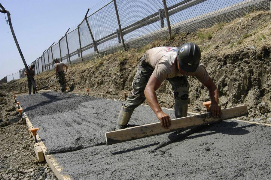 風災後大量項目需要重建,將刺激基建開支。