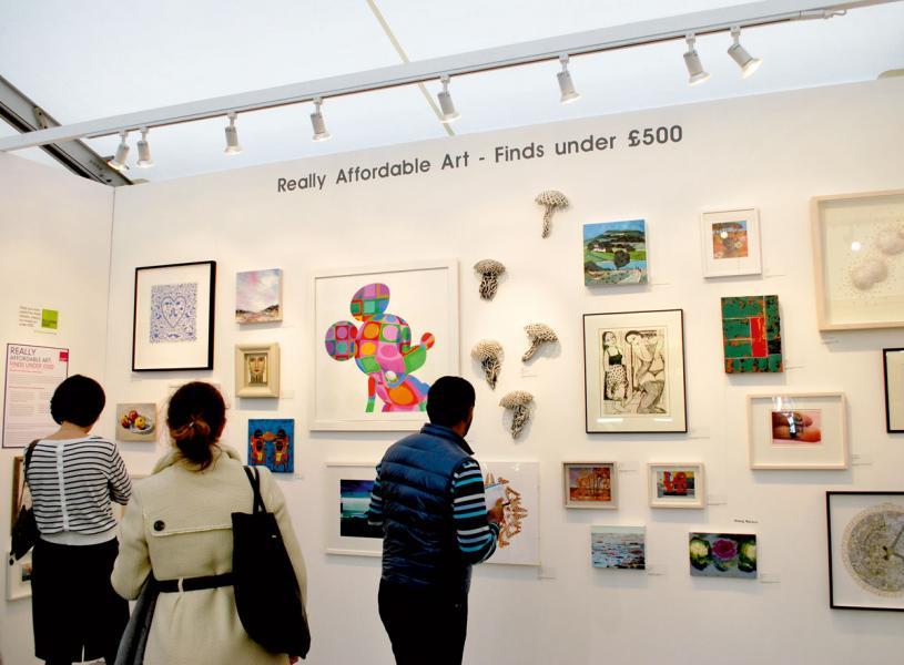 價格可負擔的藝術品為傳統的藝術市場注入動力。