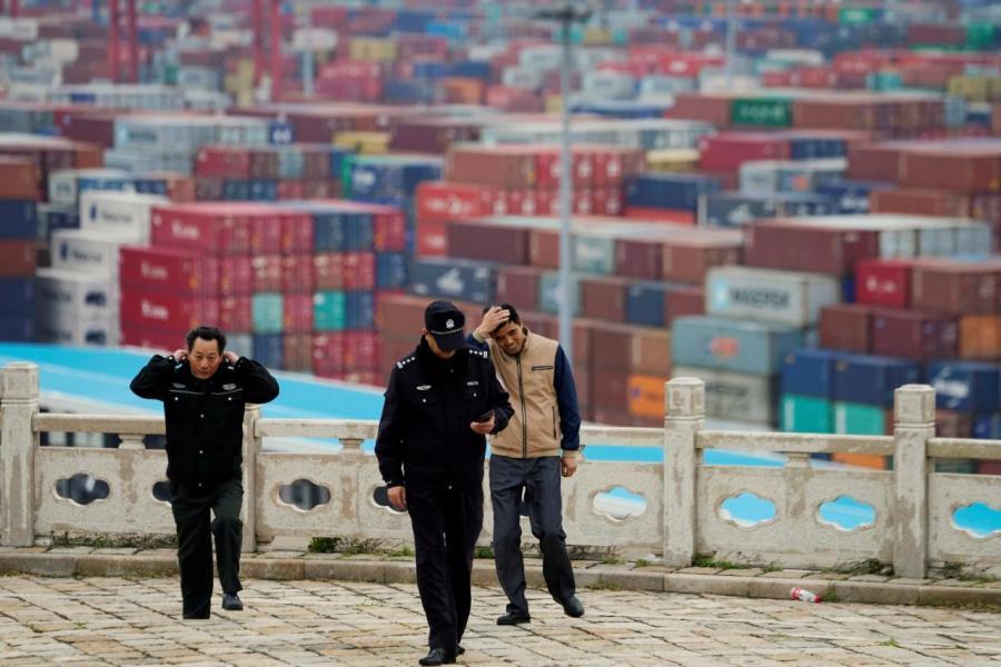 若理順當前形勢,美國顯然從未向中國作出讓步,反之予人有咄咄逼人的感覺。